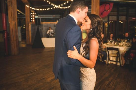 Lacuna Lofts Chicago Wedding Photos-62