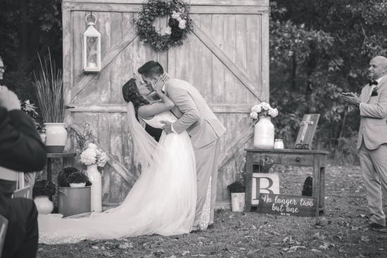 Ellis House and Equestrian Center Wedding Photos-56
