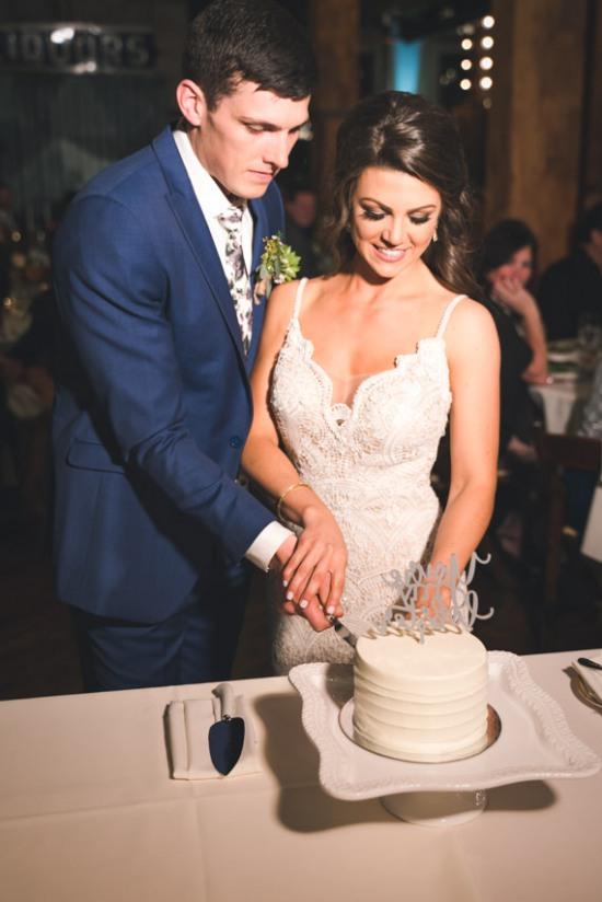 Lacuna Lofts Chicago Wedding Photos-64